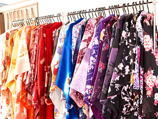 50種類以上の豪華で華やかな着物